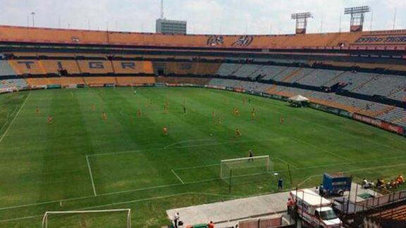 Tigres se impuso 2 0 a correcaminos pero los sub 20 for Puerta 9b estadio universitario