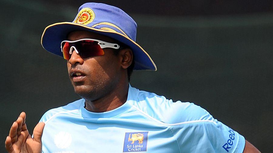Watch: Ex-Sri Lanka Cricketer Chamara Silva Plays The Most Bizarre Shot 1