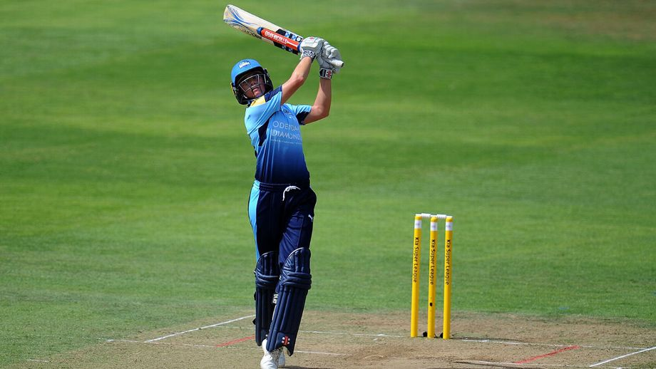 Yorkshire Diamonds posted the second highest total in KSL history to secure a first win of 2018 at the fifth attempt