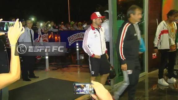Así fue la llegada de River a Medellín - ESPN Video