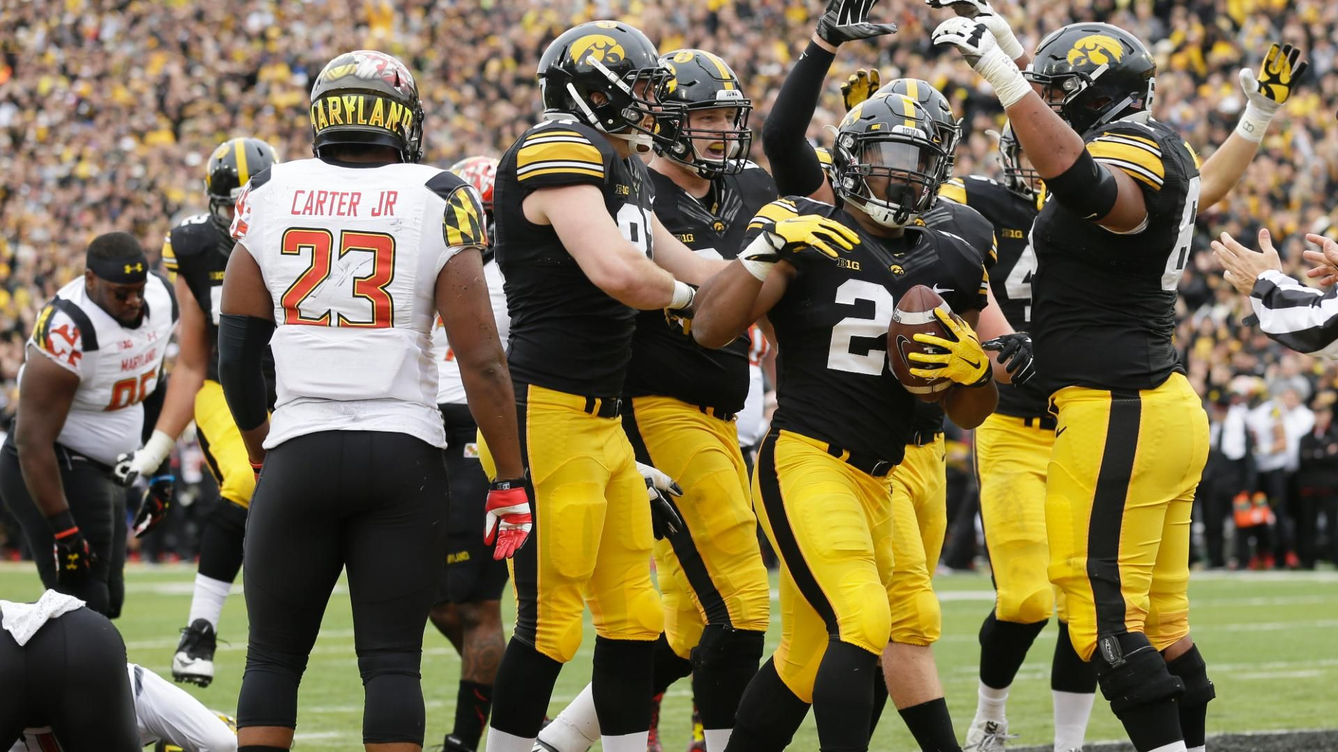 Iowa cruises past Maryland, moves to 8-0 - ESPN Video
