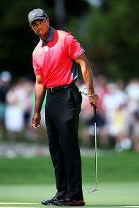 Sore neck limits Tiger at pro-am