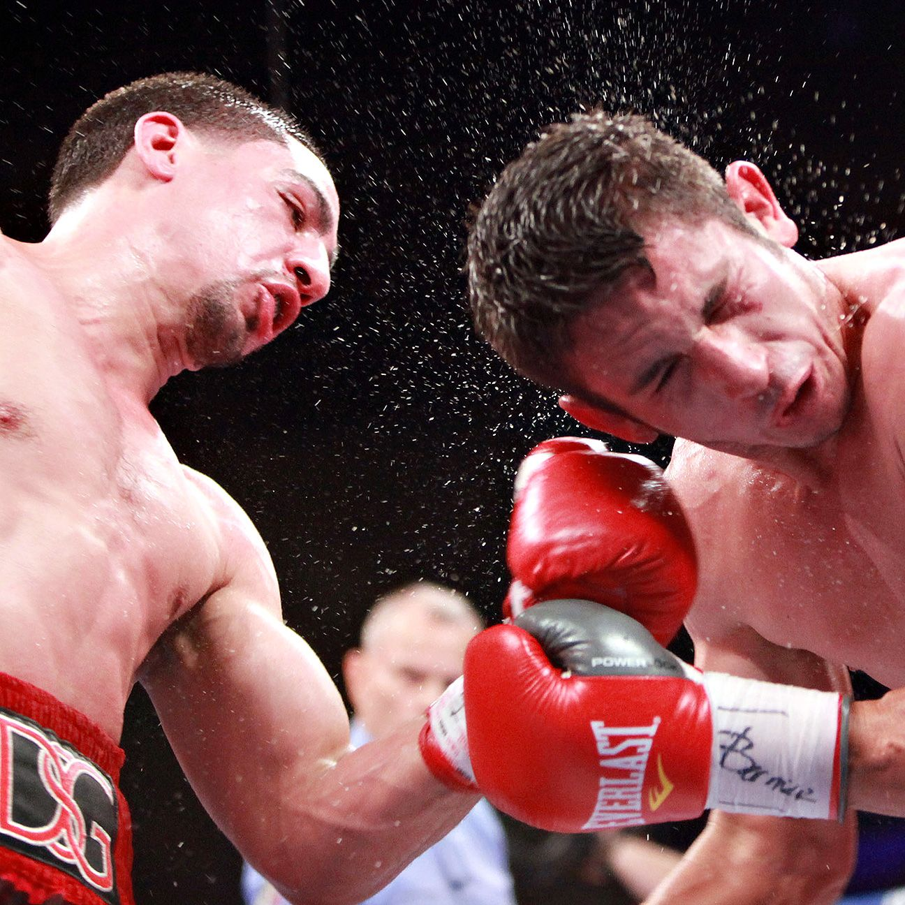 Danny Garcia defeats Mauricio Herrera by majority decision