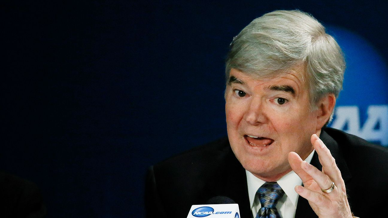 Mark Emmert rips NCAA unionization