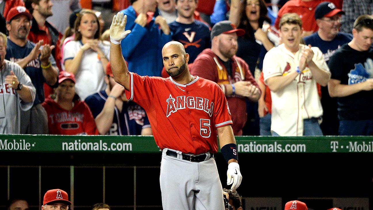 Albert Pujols of Los Angeles Angels hits 500th career homer