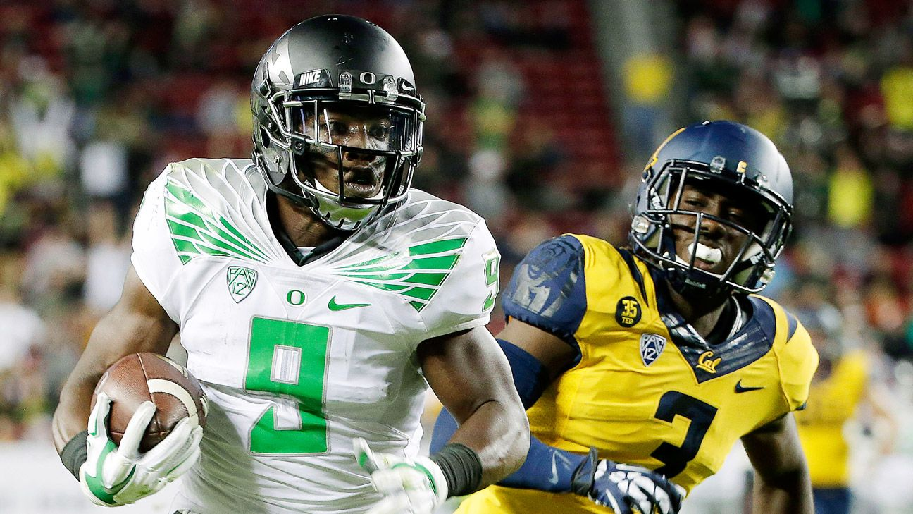 Oregon looking for WRs to step up ... again