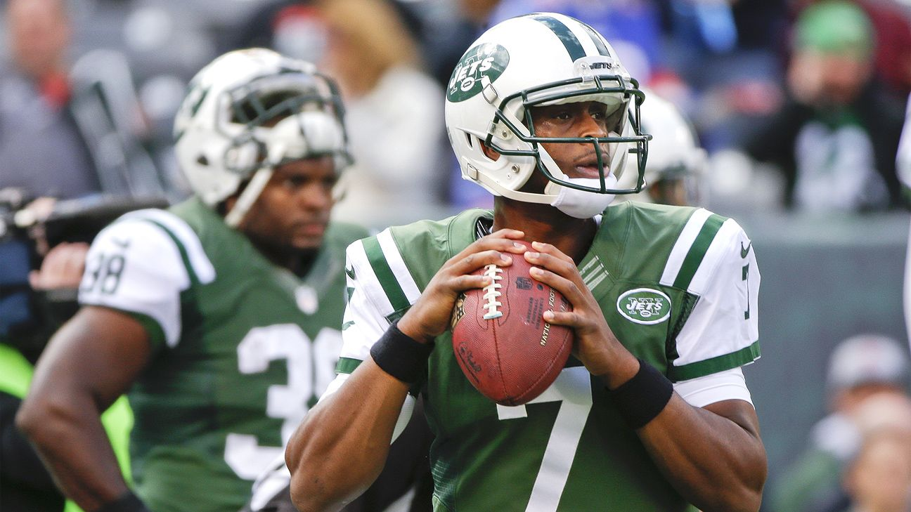 Geno Smith benched after 3 INTs