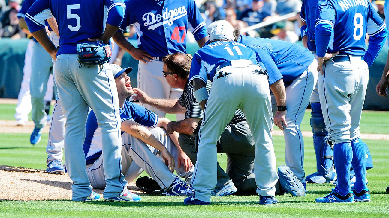 Clayton Kershaw gets dental work