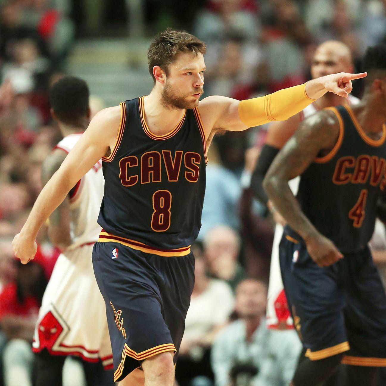 Matthew Dellavedova Accepts Cleveland Cavaliers' One-year