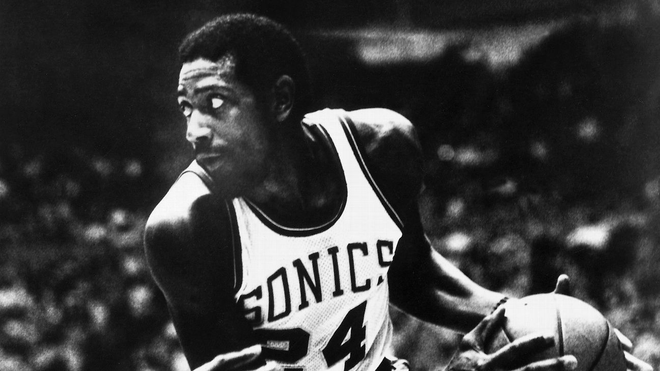 2015 Basketball Hall of Fame Spencer Haywood s impact on hoops