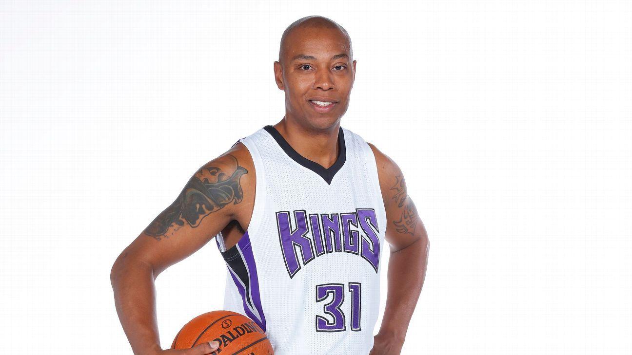 NBA Rumor Central Caron Butler exercises 2016 17 player option
