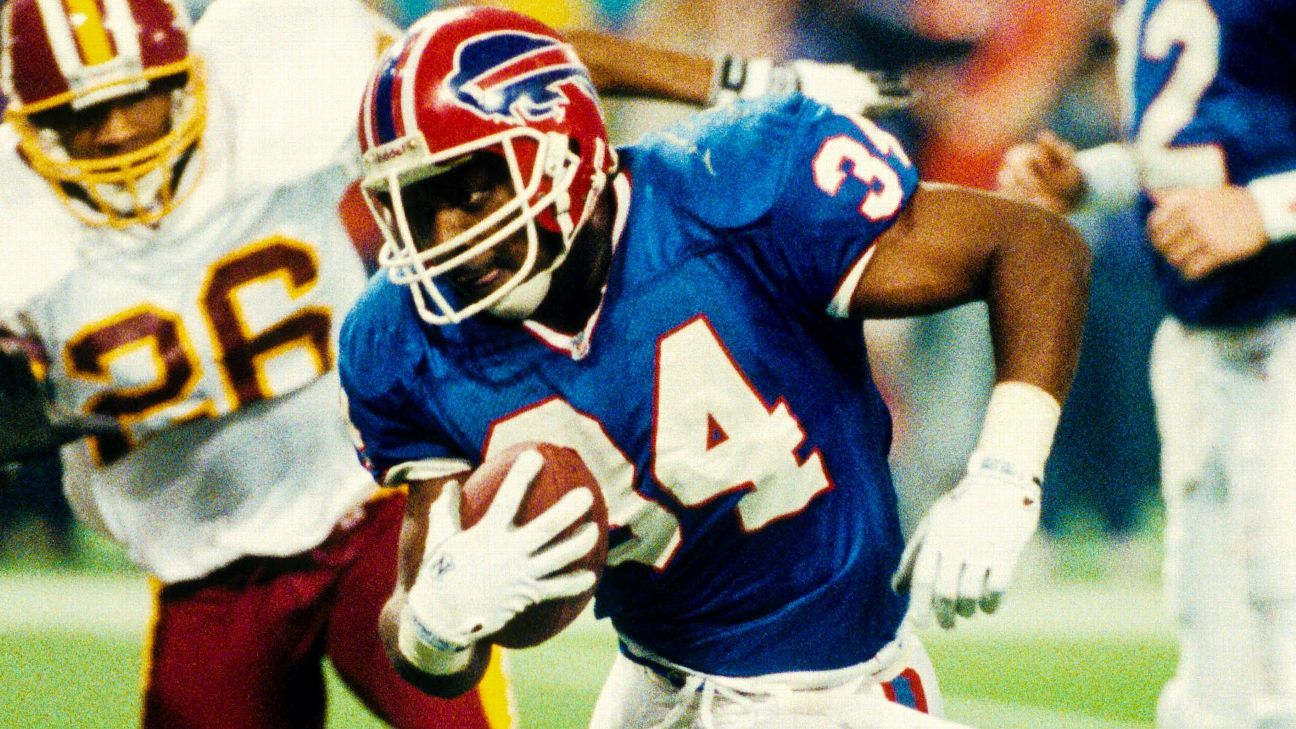 The Bills will retire Thurman Thomas' No. 34 jersey on Oct. 29 during a ceremony at halftime of their Monday night game against the Patriots.