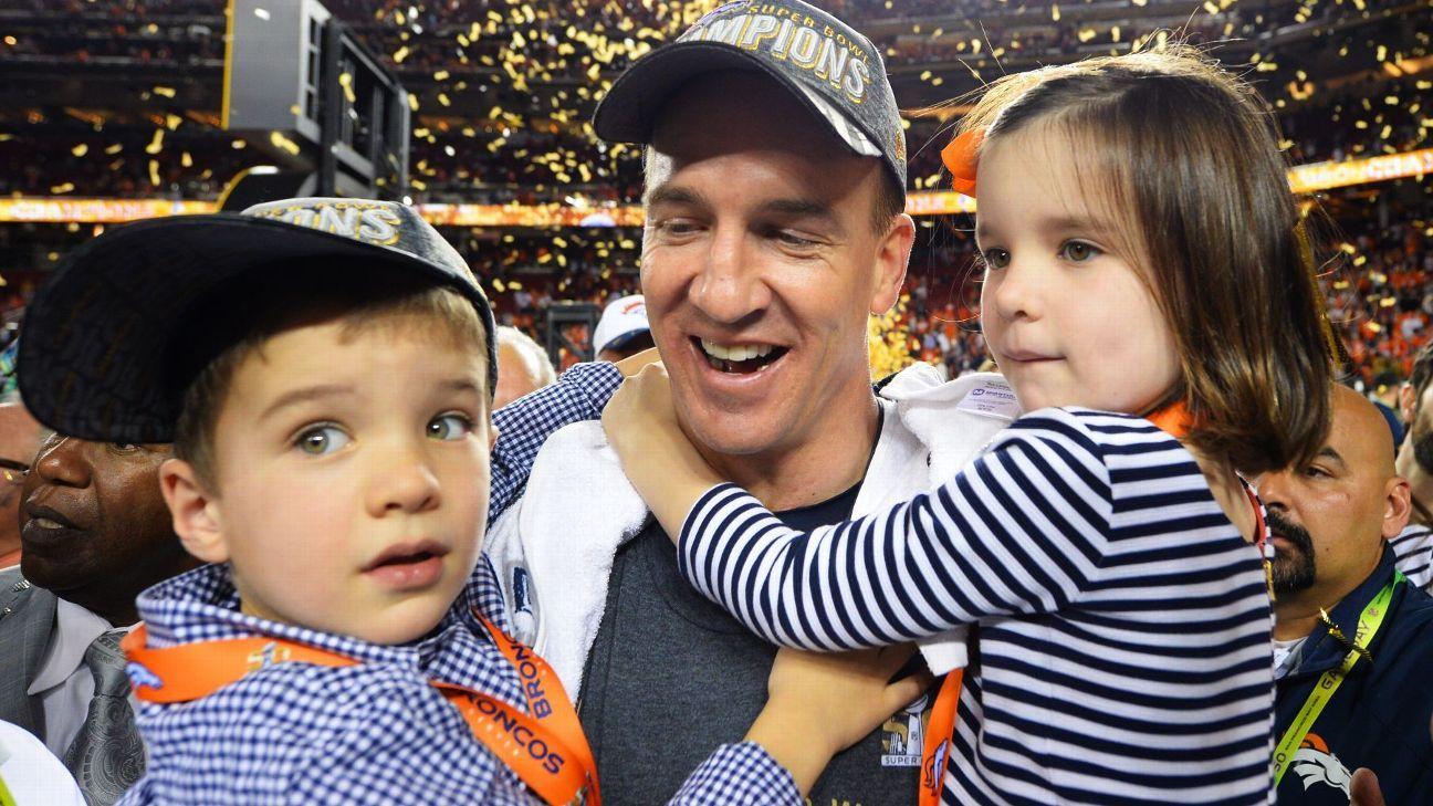 If It S Up To Mom A Super Bowl Win Is Peyton Manning S Final Game Nfl