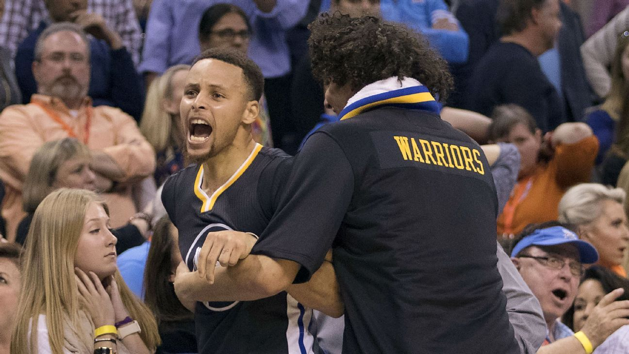 NBA - Stephen Curry's record night soothes Warriors' rough edges