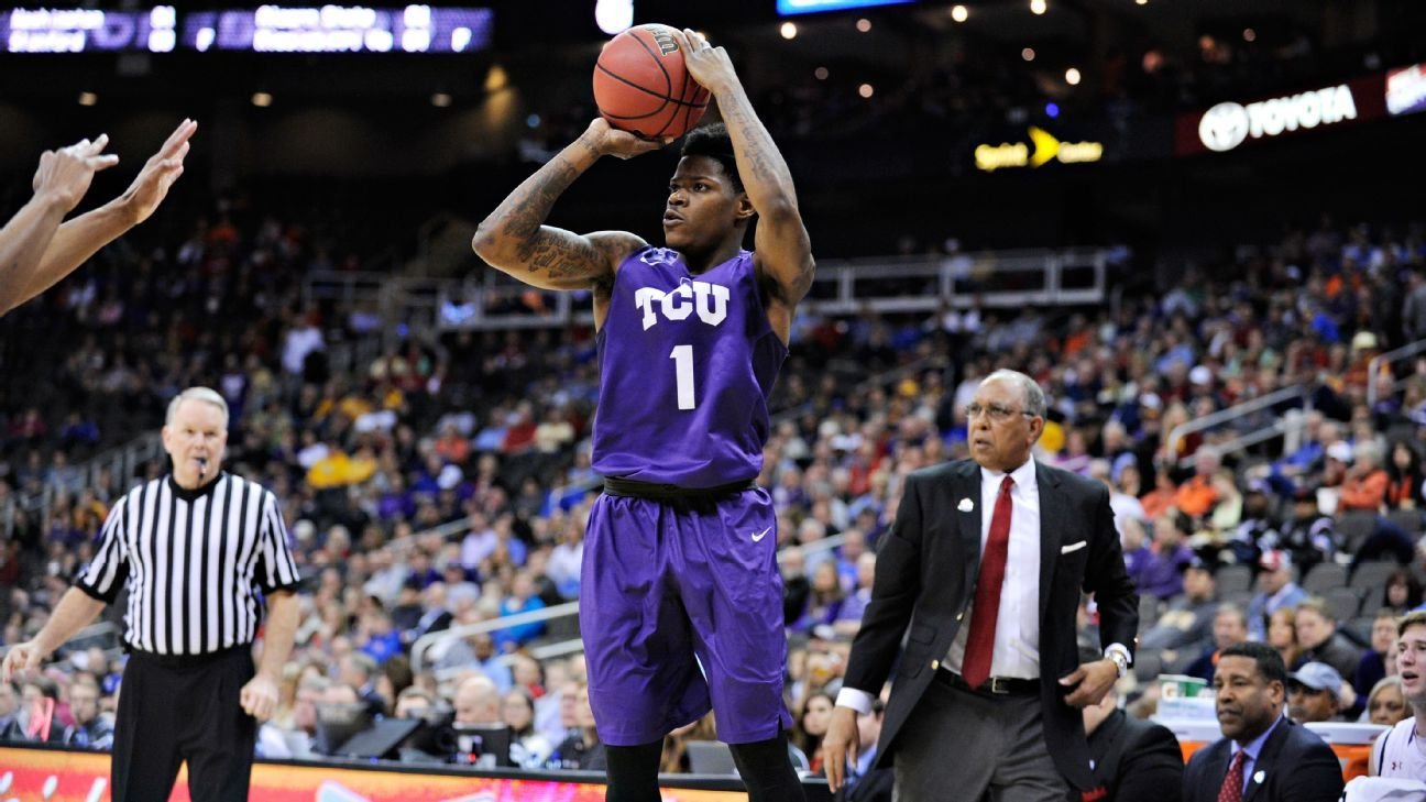 Chauncey Collins, former TCU Horned Frogs guard, to pursue professional basketball career