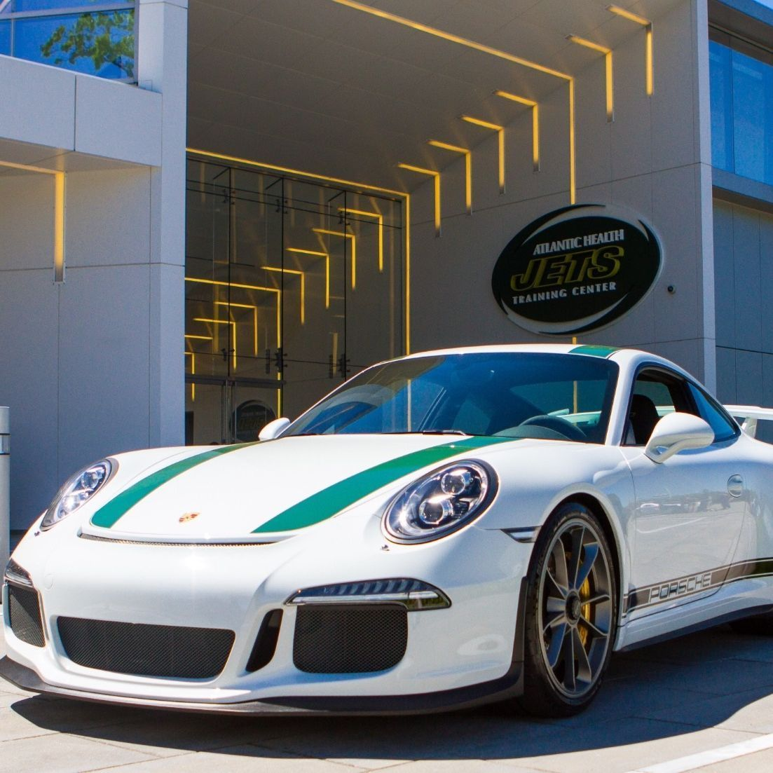 Porsche Signing Deal With New York Jets To Become Official