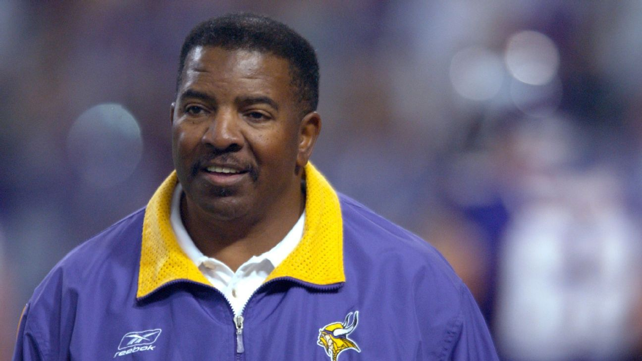 Vikings to induct late Green into Ring of Honor