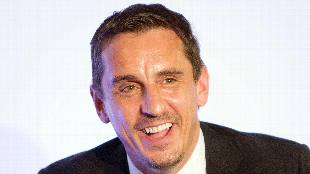 Gary Neville backs Arsene Wenger at Arsenal, defends calling fan an 'idiot'