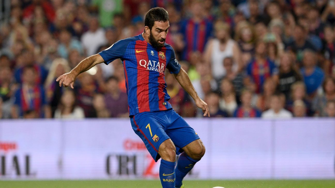 Arda Turan and Lionel Messi lead Barcelona to Super Cup win