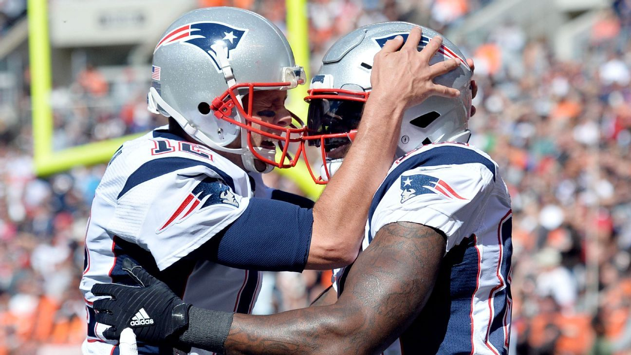 Asked to compare Tom Brady and Aaron Rodgers, former tight end Martellus Bennett said on