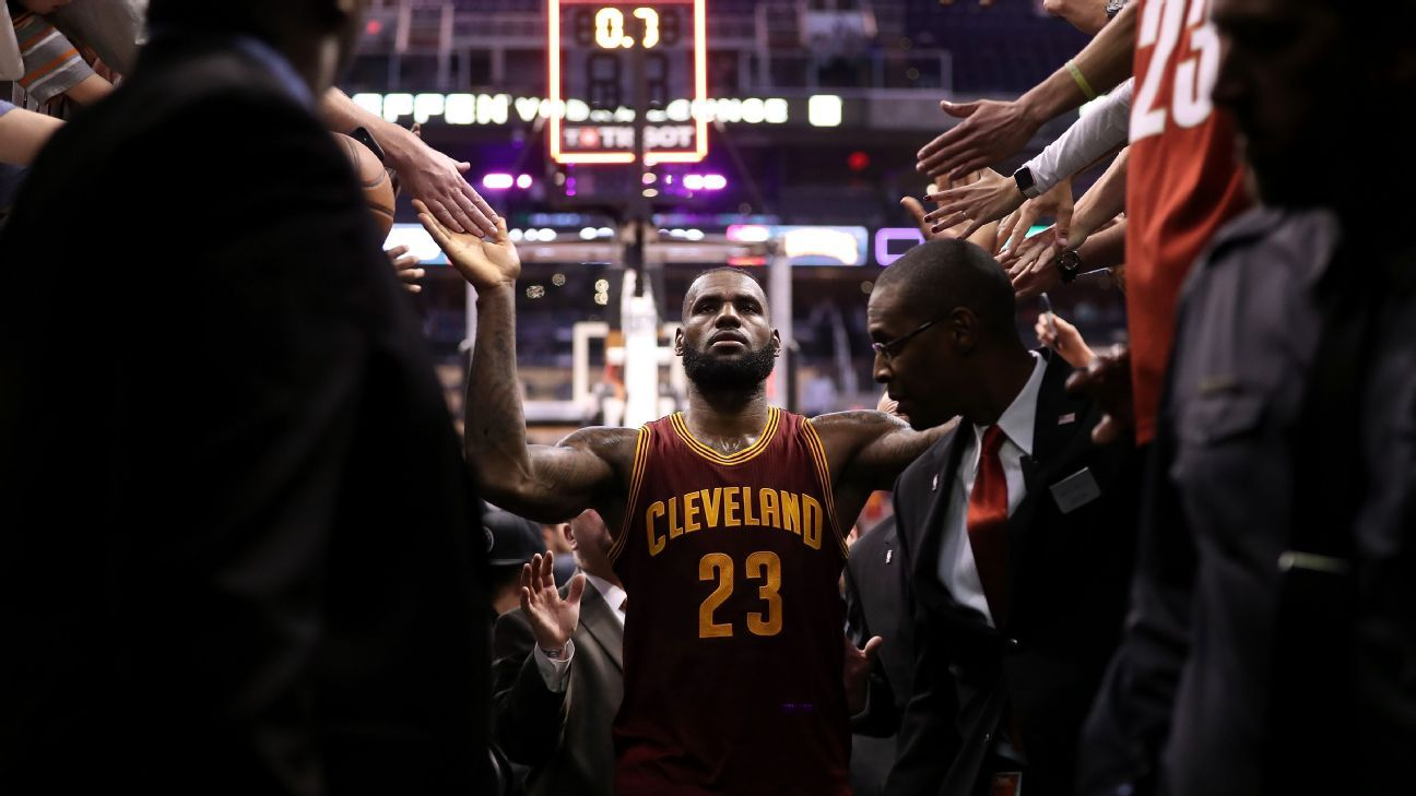 LeBron James continues his full-court press on Cleveland Cavaliers front office