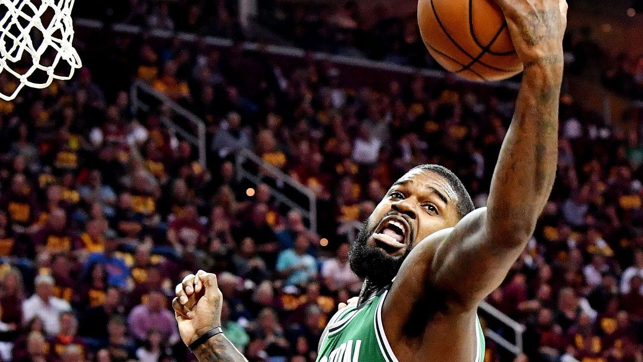 Celts' Olynyk starting for ailing Johnson in G4