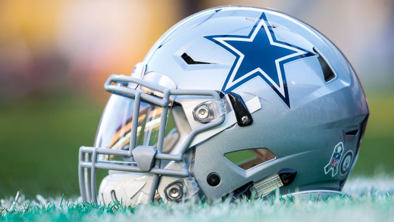 Marcus Martin, who was competing for one of the Cowboys' backup interior line spots, needs surgery for a torn ligament in his toe, sources told ESPN.