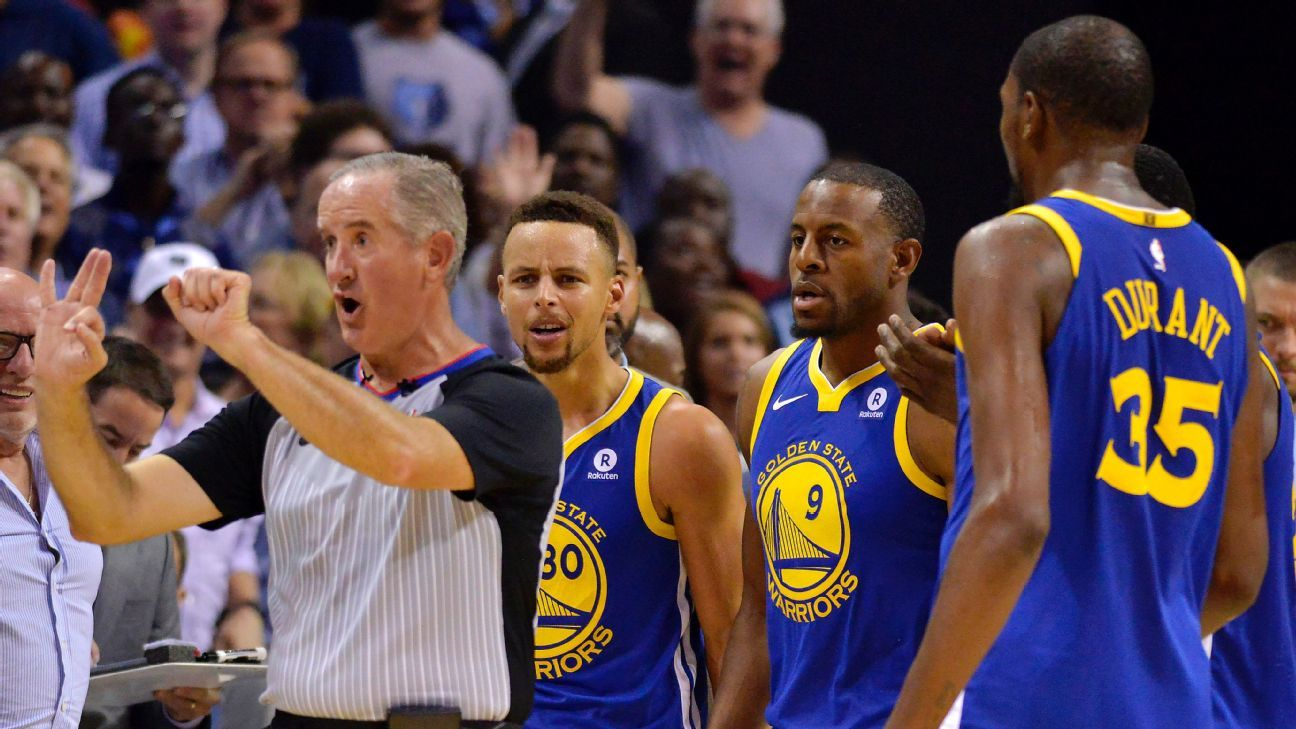 Kevin Durant and Stephen Curry of the Golden State Warriors ejected