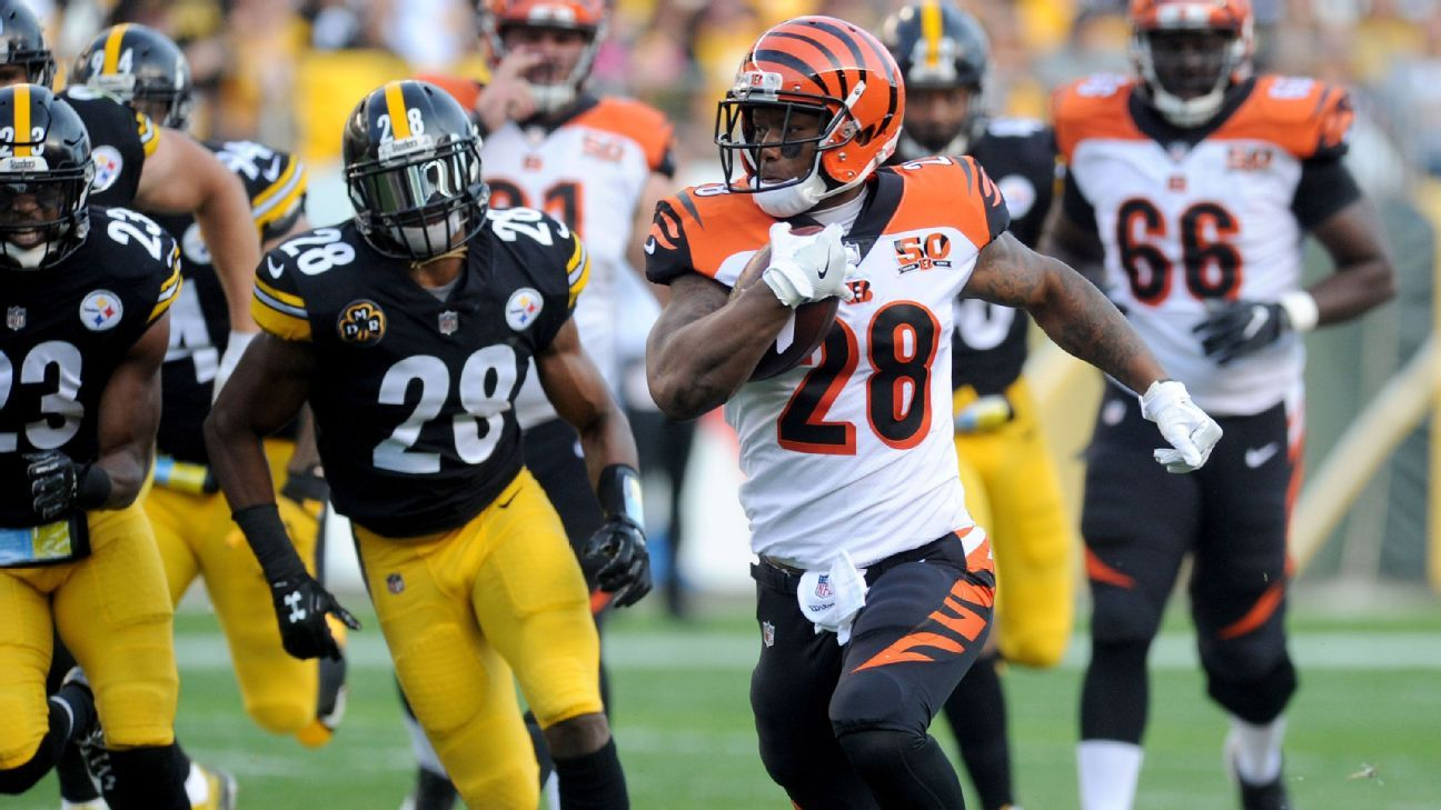 PITTSBURGH Rookie Running Back Joe Mixon Helped Set Up The Bengals First Touchdown Against Steelers With A 25 Yard Run In Half Of 29 14