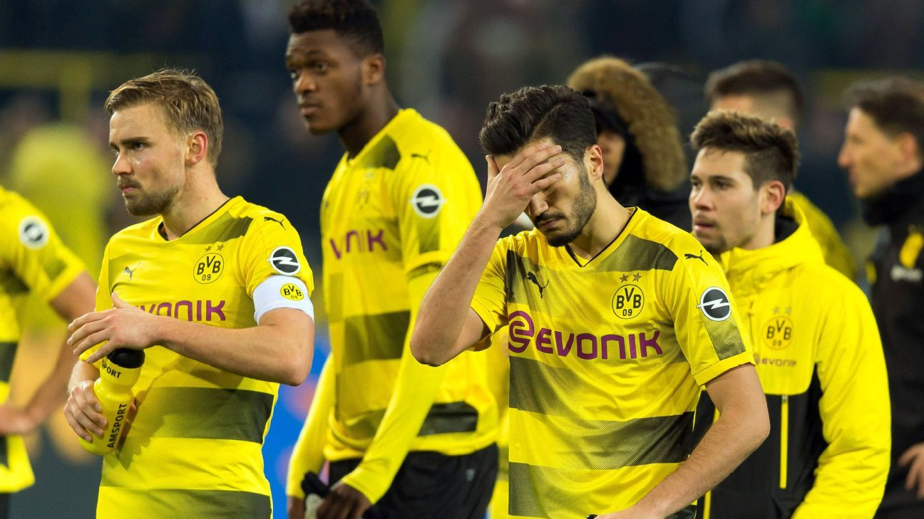 nuri sahin 39 no explanation 39 for borussia dortmund collapse against schalke. Black Bedroom Furniture Sets. Home Design Ideas