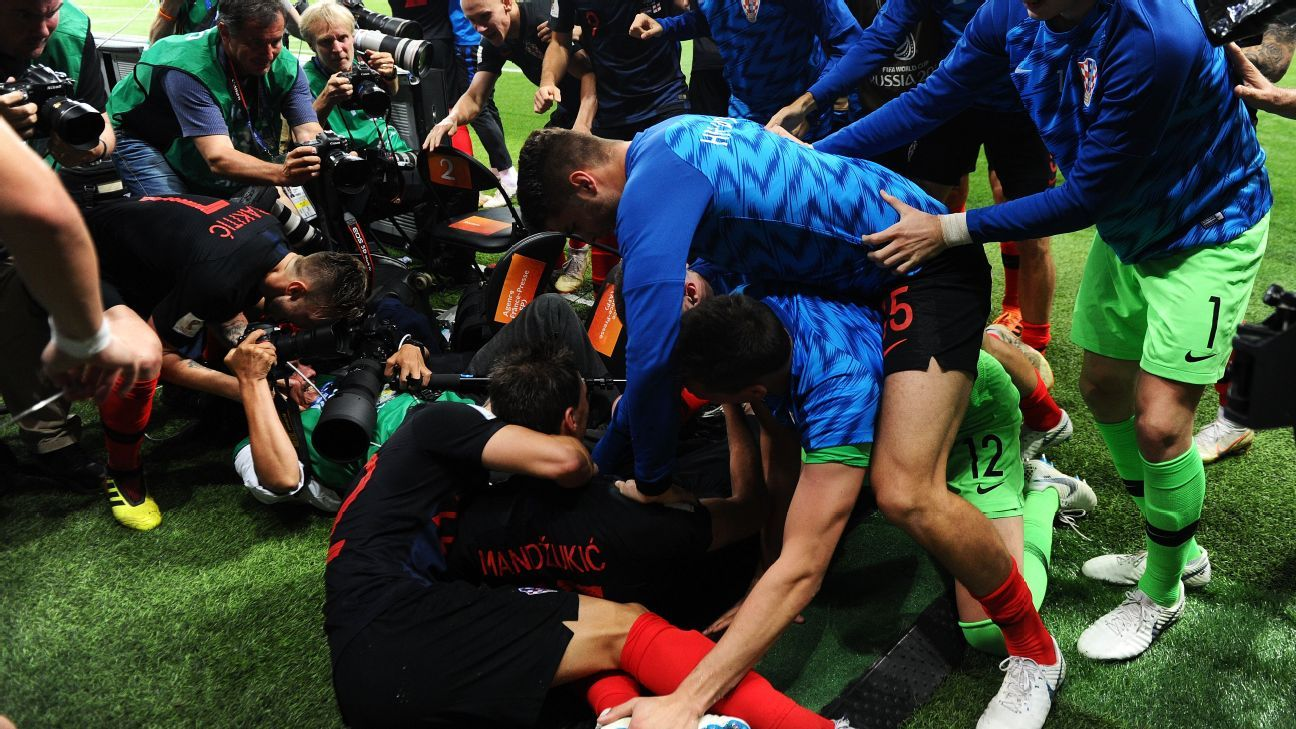 Na Copa, Cróacia extrapola na comemoração e atropela ...
