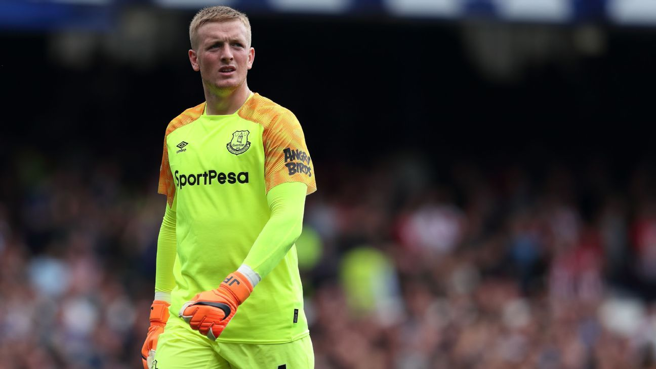 Everton's Pickford: I ignored Chelsea speculation