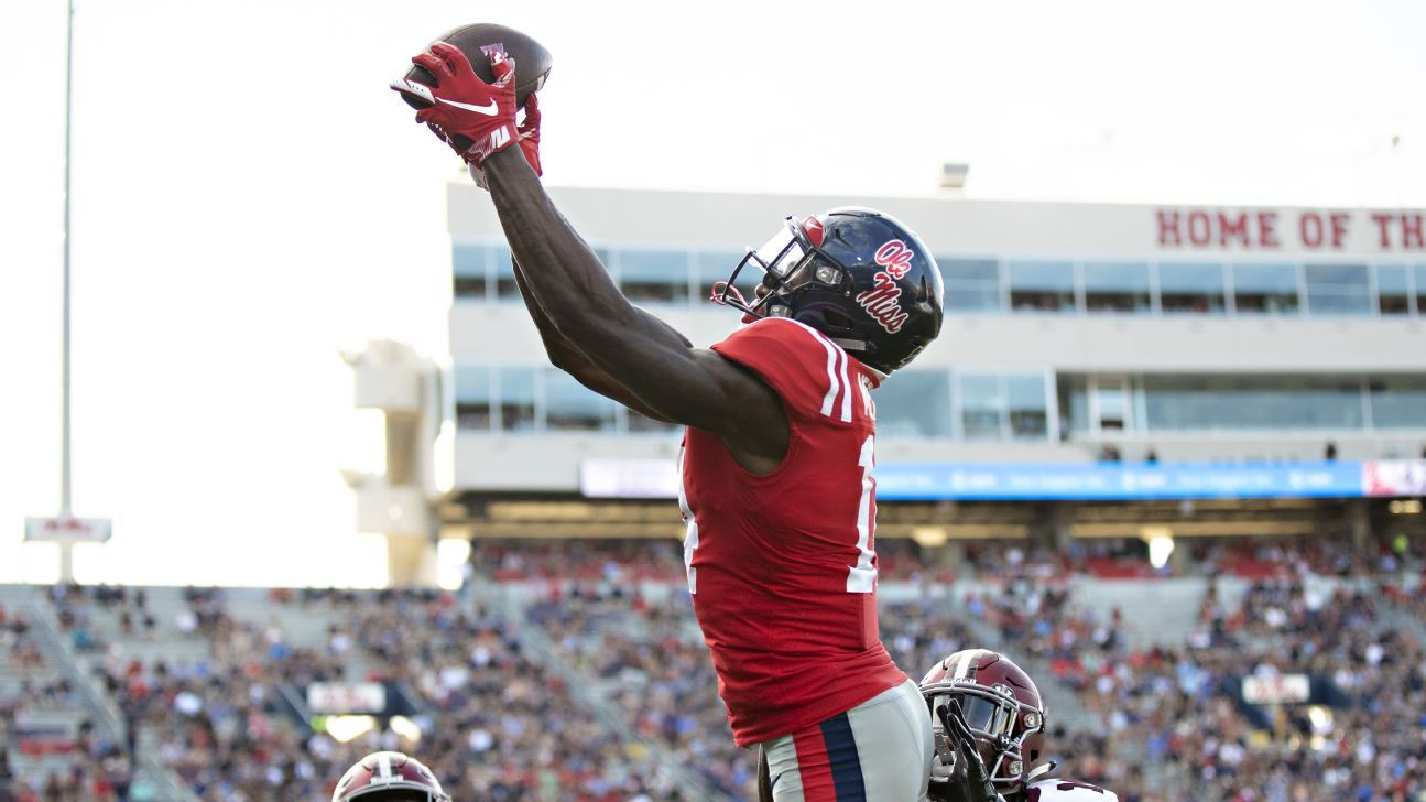 Ole Miss standout wide receiver D.K. Metcalf will miss the remainder of the season with a neck injury.