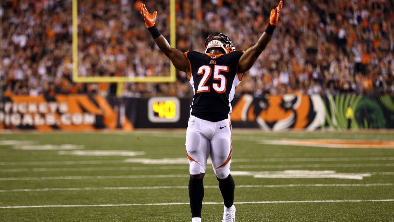 How to value Giovani Bernard, Matt Breida, Tyler Boyd and many more. Mike Clay has the info you need to make fantasy football decisions in Week 3.