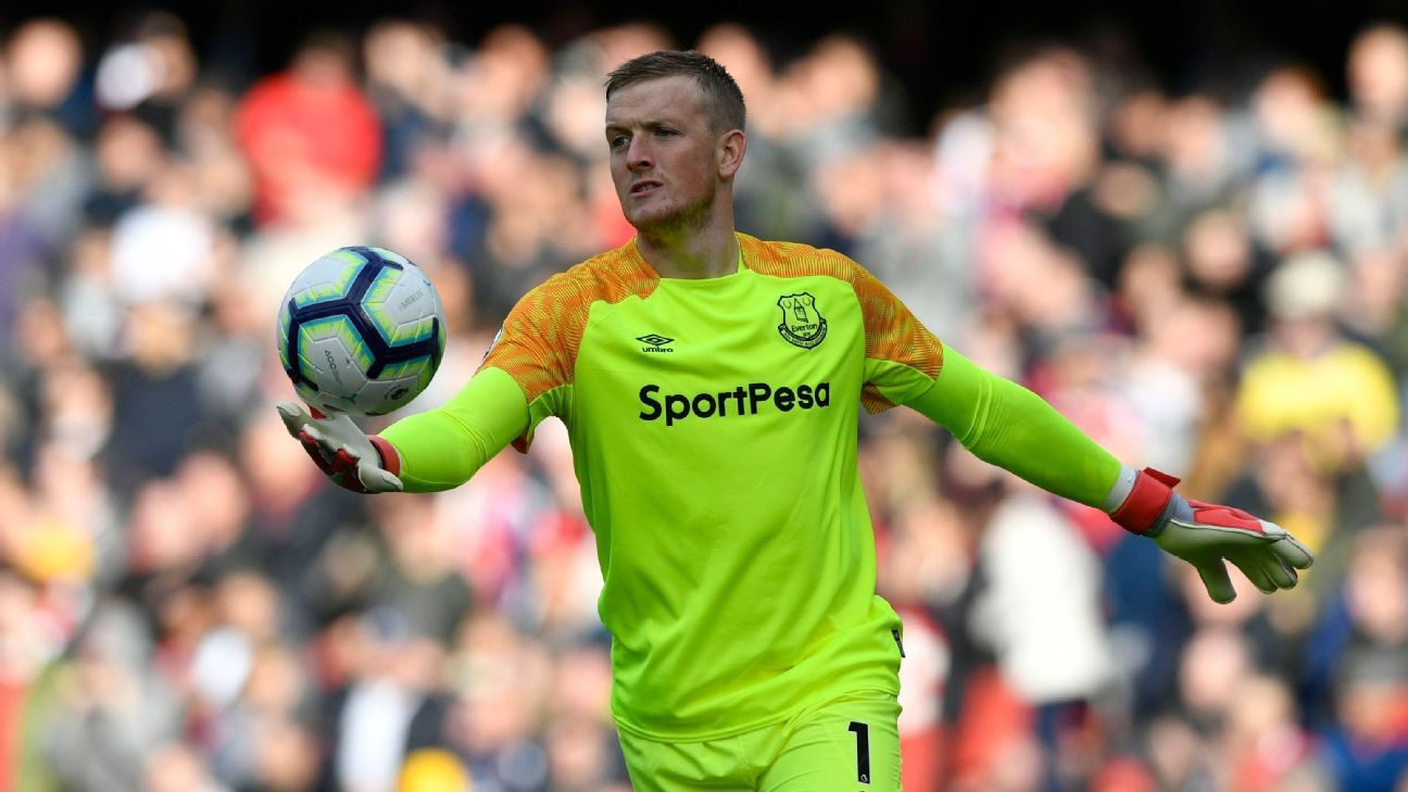 Pickford signs new six-year deal at Everton