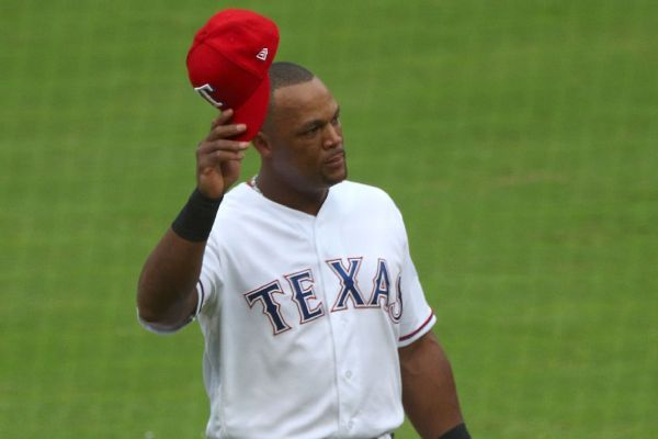Beltre gets ovation in possible farewell to Texas