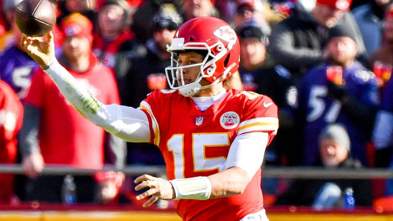 Patrick Mahomes has been practicing his no-look pass since college. Andy Reid says it takes a player with Ted Williams-like vision to pull it off.