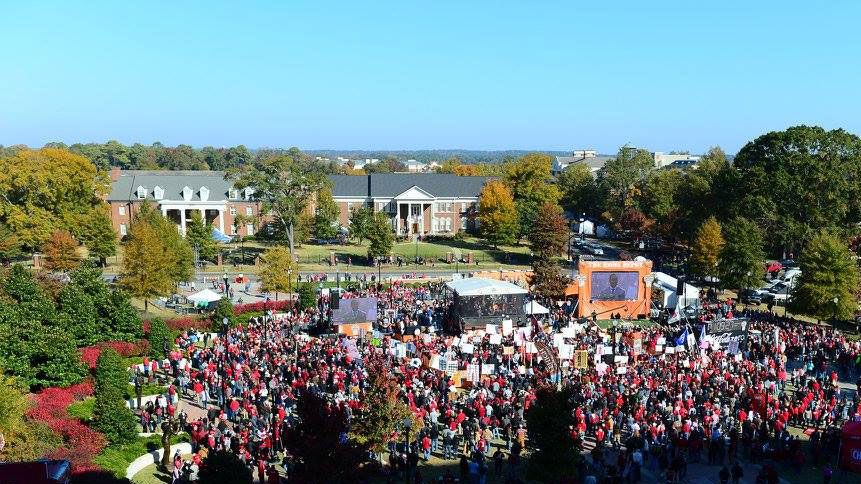 ESPN's College GameDay heads to Tuscaloosa