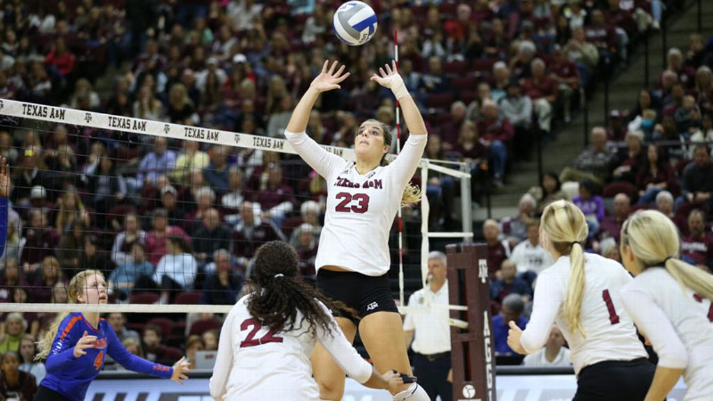 Stephanie Aiple earns final Volleyball Weekly Honors