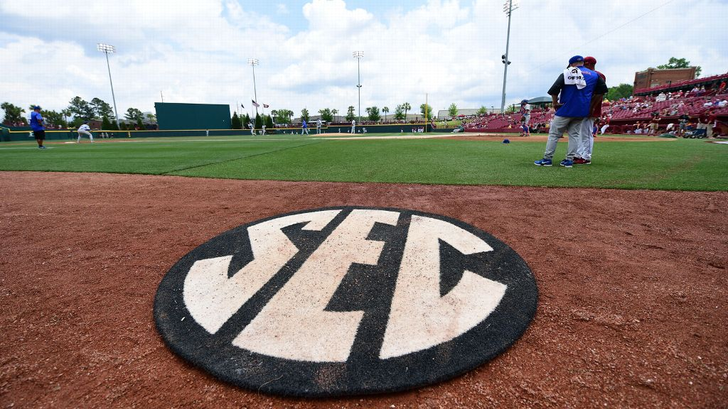SEC leads way with former players in World Series