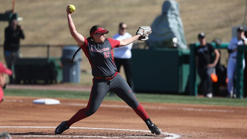 No. 9  Tide win extra-inning battle
