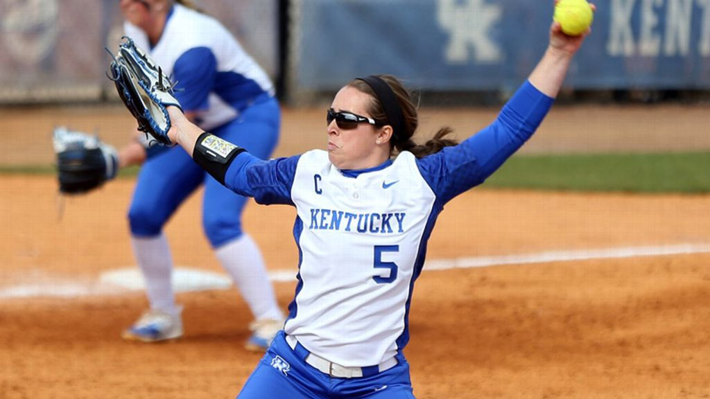 No. 19 Kentucky cruises past UT-Martin