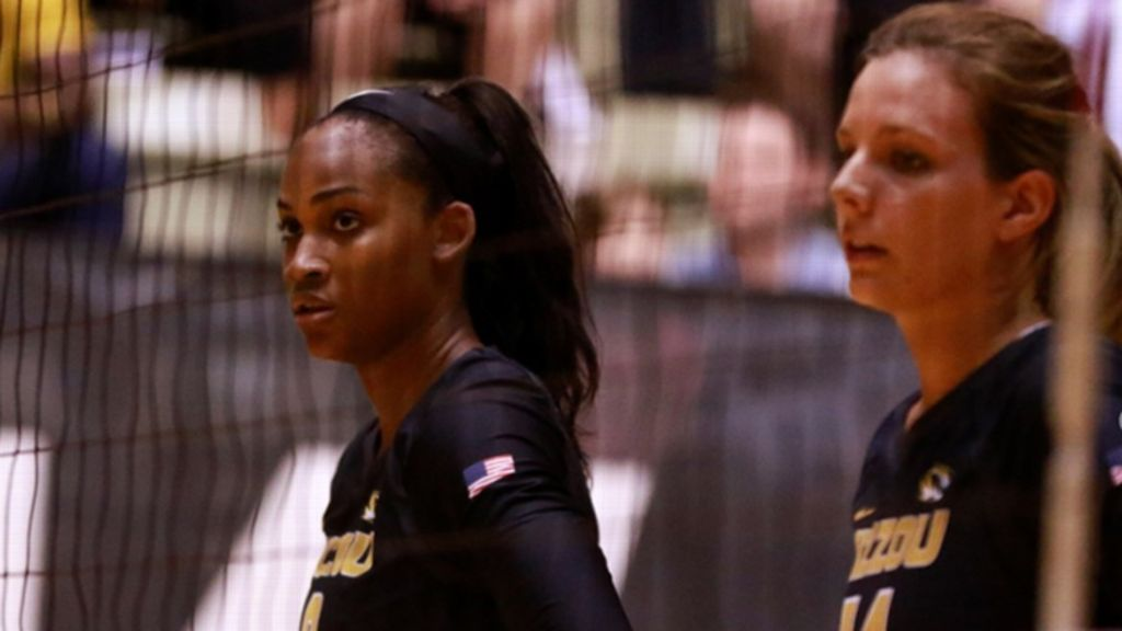 No. 19 Missouri drops two five-set matches
