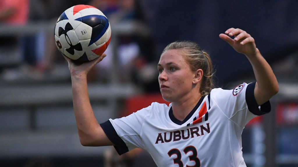 Auburn falls to No. 1 Stanford
