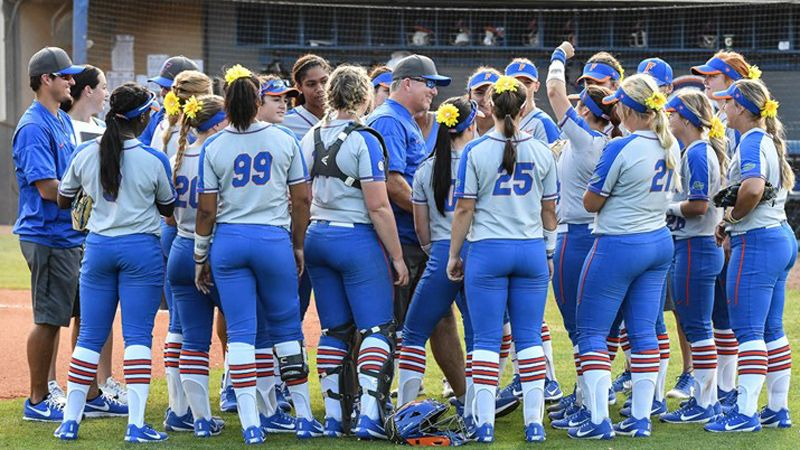 No. 1 Florida powers past Maryland, Iowa State