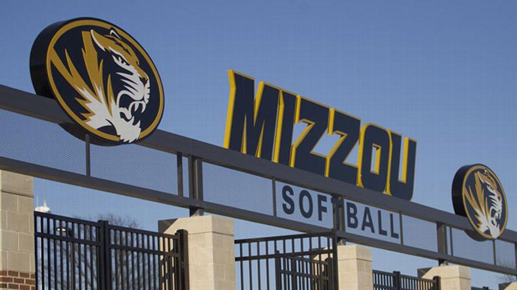 Missouri names Larissa Anderson as new softball coach