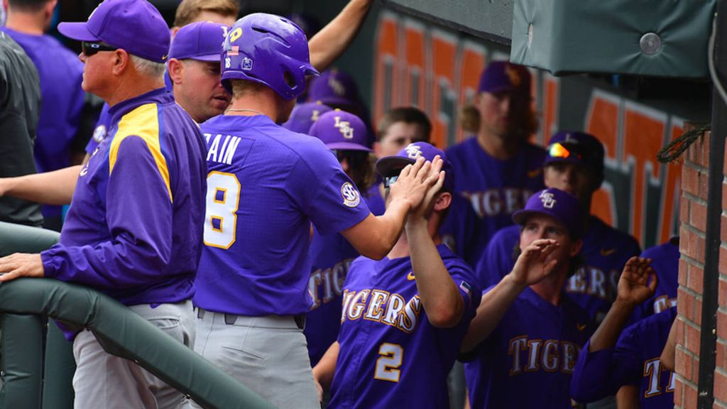 LSU defeats Northwestern State, falls to Oregon State