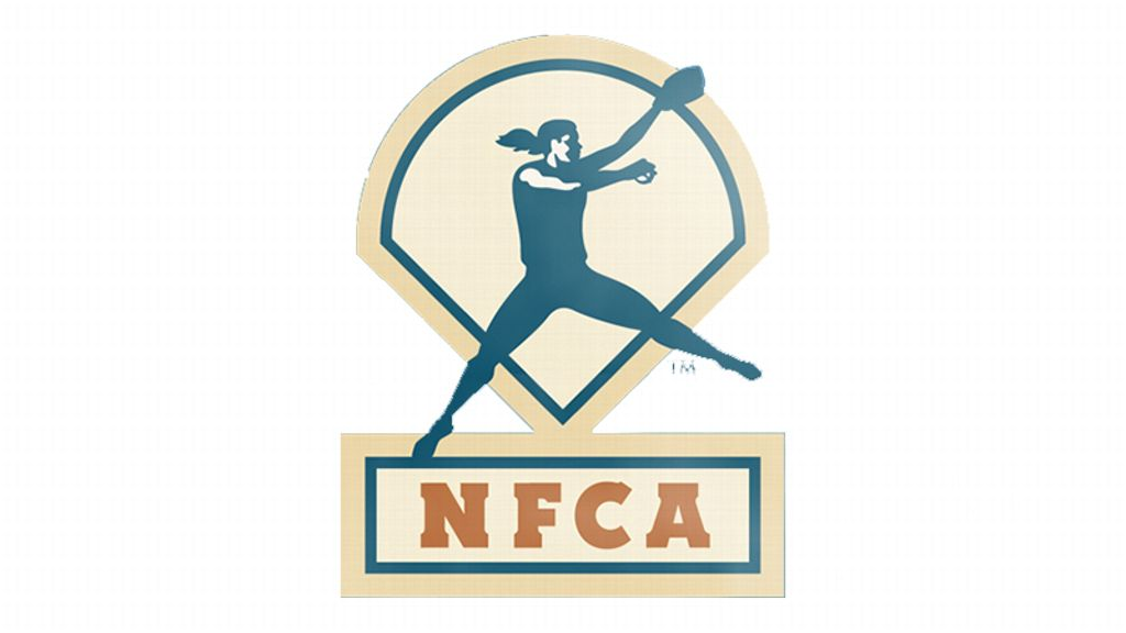 Arkansas, South Carolina receive NFCA coaching honors