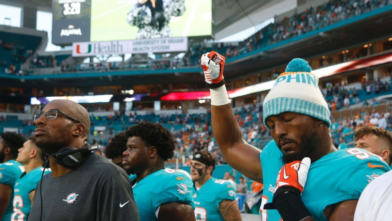 Miami Dolphins players held demonstrations during the anthem