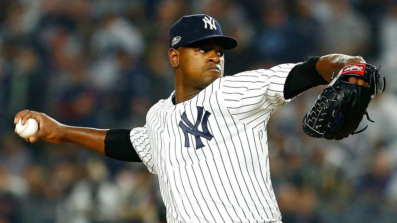 """Aaron Boone, de los Yankees, dice que era """"codicioso"""" con los movimientos de lanzamiento contra los Medias Rojas"""